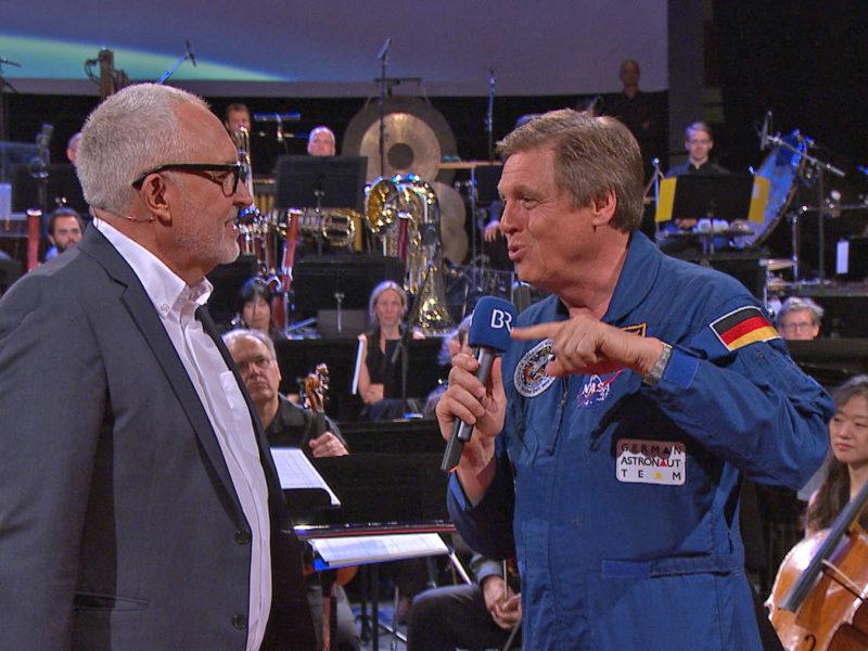Space Night in Concert II mit Andreas Bönte und Ulrich Walter © Archiv des BR