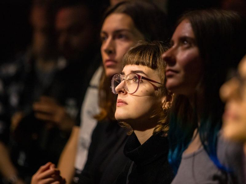 11-PULS-Festival-2019-München_Lisa-Morgenstern_(C)-BR-Hans-Martin-Kudlinski