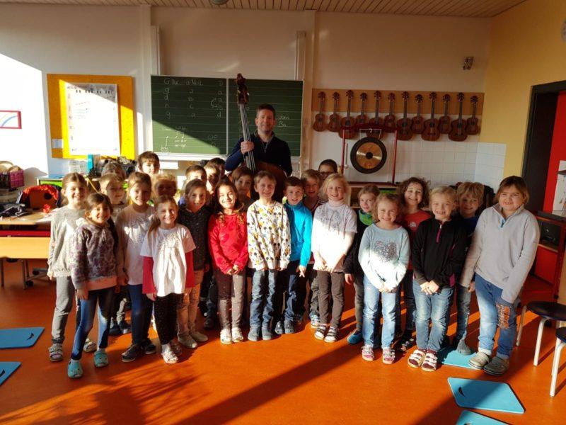Patenschaft macht Schule_Christian Brühl an der GS Elsendorf 2019 (Credit Andrea Gaffal-Frank)_2