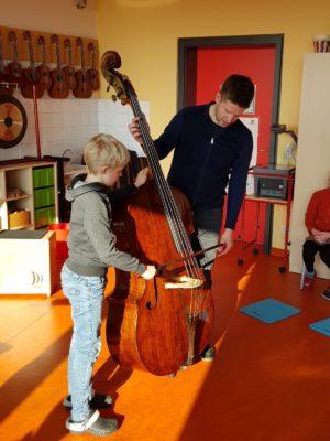 Patenschaft macht Schule_Christian Brühl an der GS Elsendorf 2019 (Credit Andrea Gaffal-Frank)_1