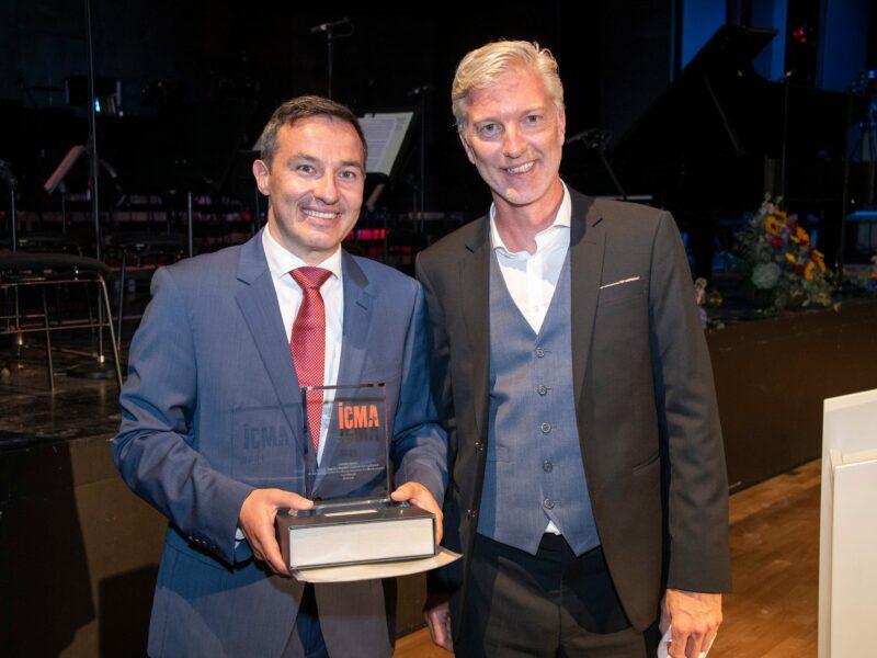 ICMA 2021 Ivan Repusic (li.) und Timo Janzen (BR-Chor Vorstand)_© Albert Mennel