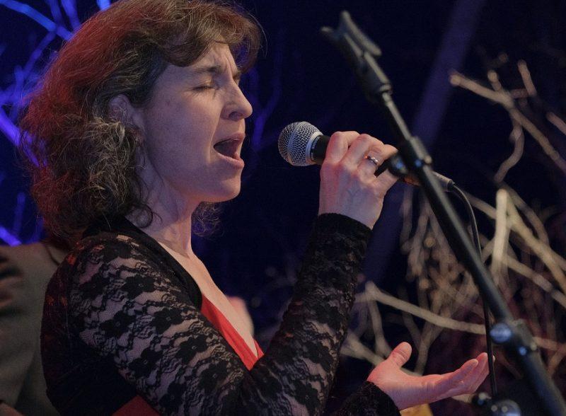Die Geigerin Martina Liesenkötter ist musikalisch vielseitig aktiv. (Credit: Archiv des BR)