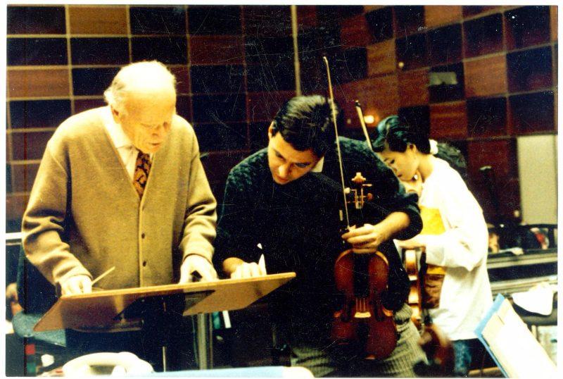 Mihnea Evian mit Yehudi Menuhin (li.) (Archiv des BR)