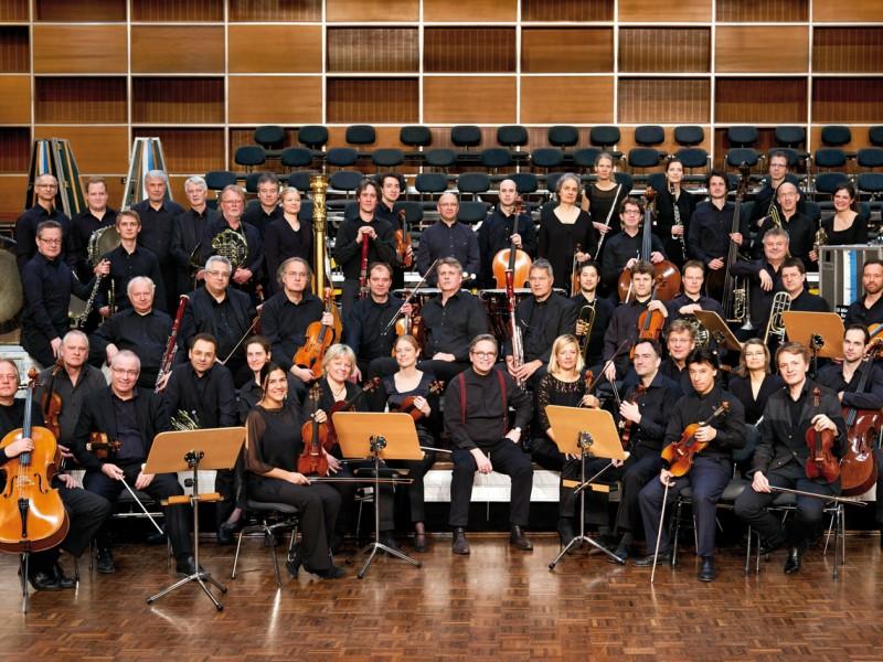Ulf Schirmer und das Münchner Rundfunkorchester (C) Denis Pernath