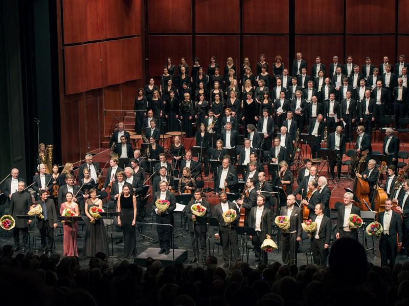 Ulf Schirmer und das Münchner Rundfunkorchester (c) Lisa Hinder